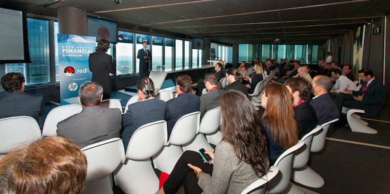 Evento Financiero en Torre de Cristal