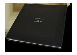 Diseño de catálogo e imagen para exposición de arte